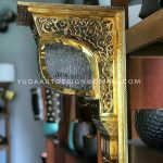 Ornamen Masjid tembaga kuningan