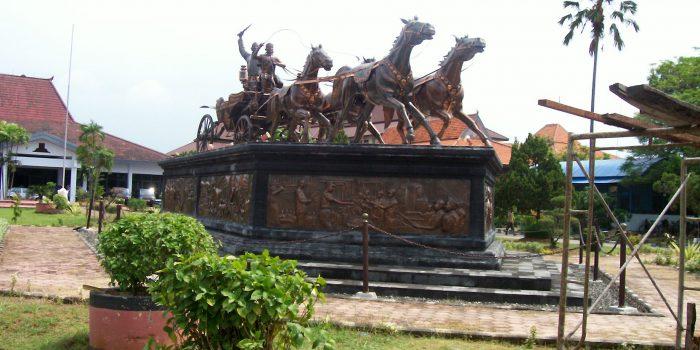 Patung Kuda Tembaga ( Monumen Tugu Tembaga )