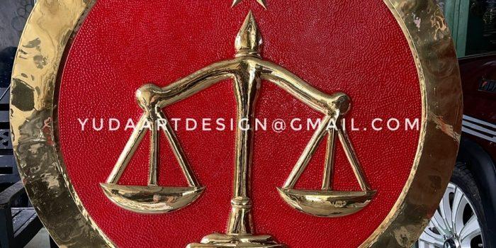 Pengrajin Logo Kuningan Custom ( Logo Hukum )